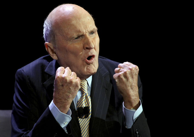 ge and jack welch The two chief executives of general electric co were dealt very different hands.