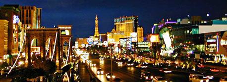 Night time picture of Las Vegas Blvd Strip