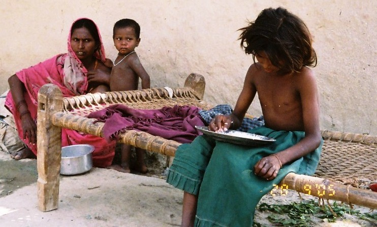 India's people starving due to corrupt politicians
