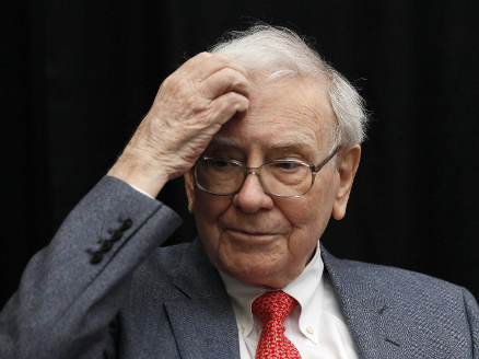 Warren-Buffet-selling-stocks-now